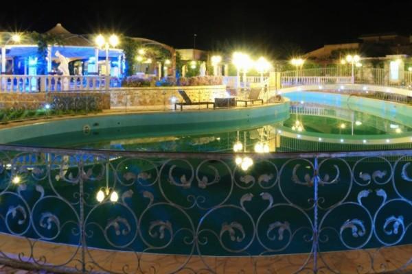 Illuminazione Piscina Smeraldo Al Parco Ricevimenti Lecce