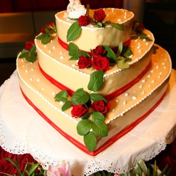 Torta Nuziale Al Parco Ricevimenti Lecce